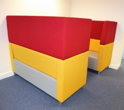 Roxton Meeting Booths